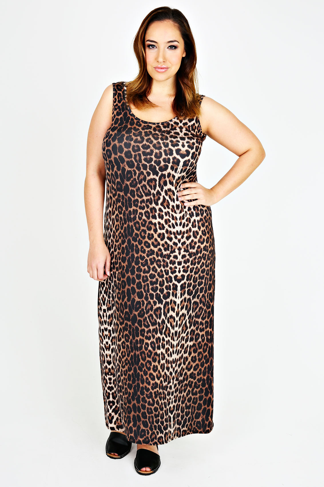 Discover maxi dresses with ASOS. Shop the range of maxi dresses and long styles from evening to long sleeve dresses. Find a maxi dress for every occasion. ASOS DESIGN Carly button through maxi dress in satin leopard print. £ Lipsy cowl neck maxi dress in navy. £ ASOS DESIGN Vanessa Backless Halter Pleated Maxi Dress.
