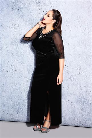 SCARLETT & JO Black Velvet Maxi Dress With Jewell Detail