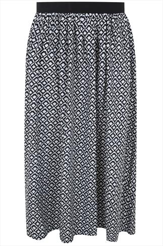 Black & White Geometric Print Flare Skirt With Elasticated Waist