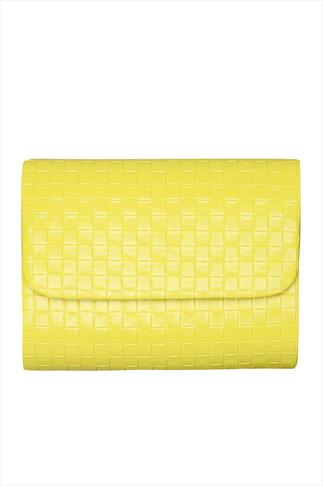 Yellow Woven Clutch With Detachable Shoulder Chain