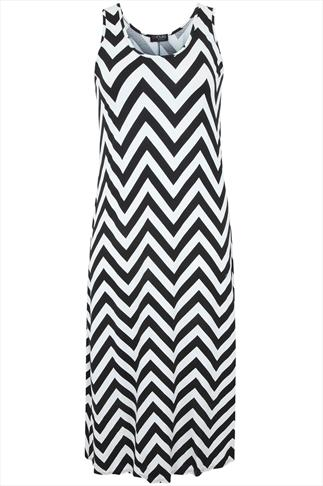 White And Black ZigZag Print Sleeveless Maxi Dress