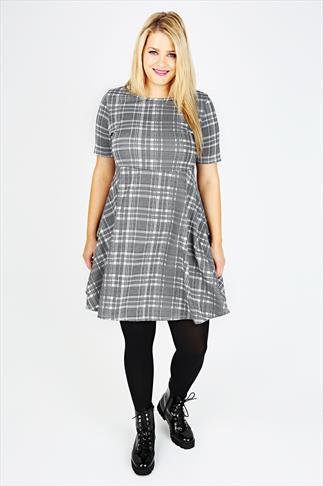 Black & White Dogtooth Check Skater Dress