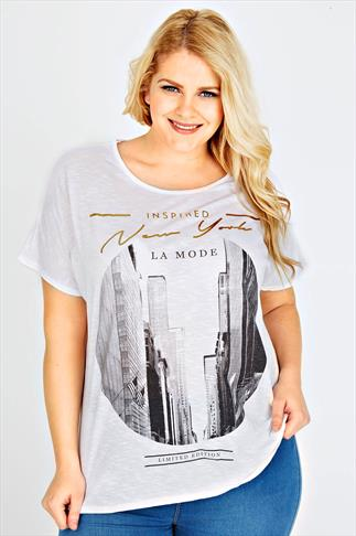 White Oversized Short Sleeved T-Shirt With New York Print