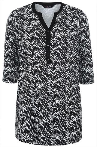Black And White Print Jersey Shirt With Half Placket